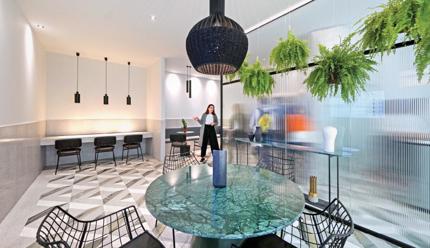 01-Reception-by-MintsouliDesignStudio-Xenia-Hotel-Megatrends-2019-EXP09743_865x500 Hotel Megatrends 2019